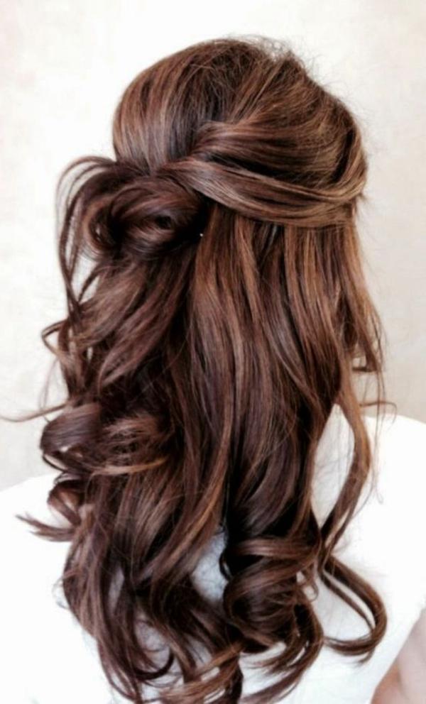 ganz-moderne-Frisuren-für-Frauen