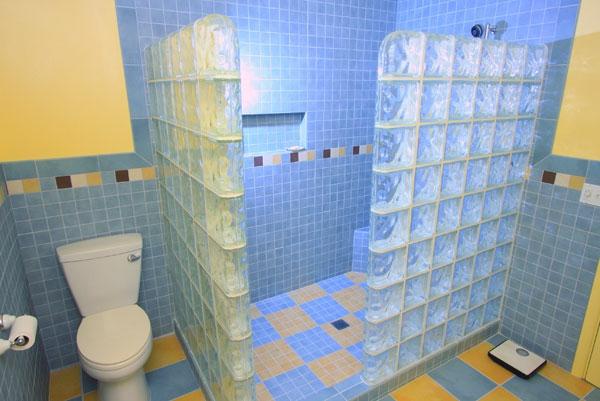 Runde Dusche Glasbausteine: Kreatives modell vom designer tisch ... | {Duschabtrennung glasbausteine 64}