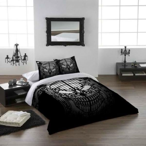 gothic-schlafzimmer-in-weiß-und-schwarz