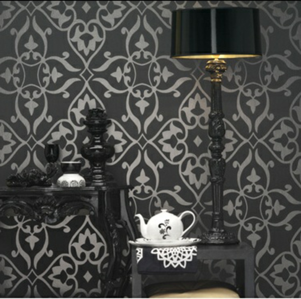 gothic-tapete-in-schwarz