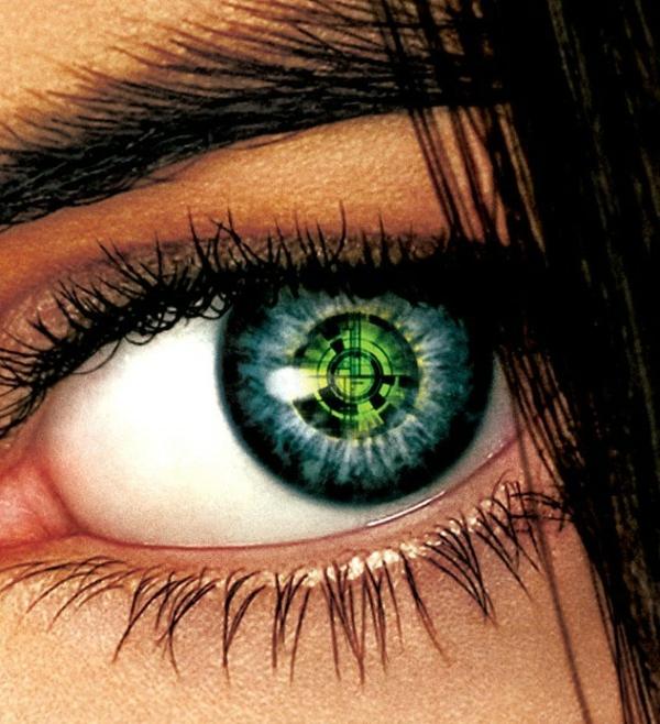 grüne-kontaktlinsen-für-halloween