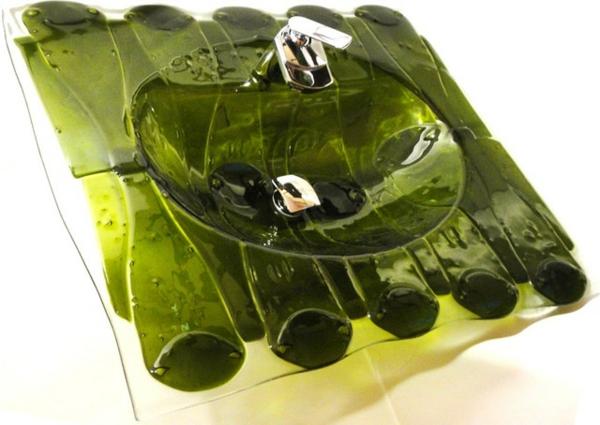 grünes-extravagantes-designer-waschbecken - weißer hintergrund