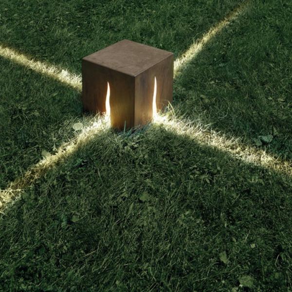 granito-30-bodenleuchte-cm-rost--arte-idee