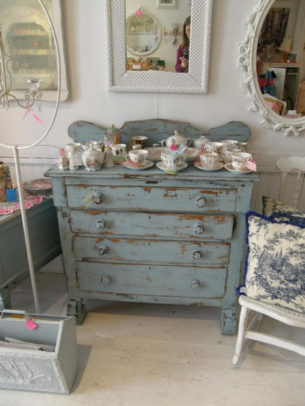 Graue Shabby Chic Kommode