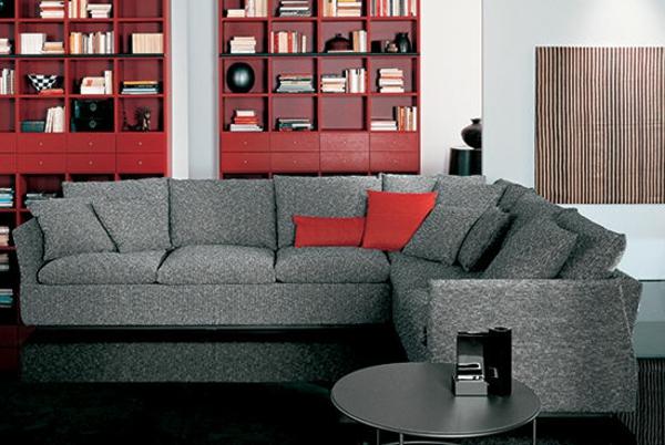 schönes wohnzimmer mit einem ecksofa