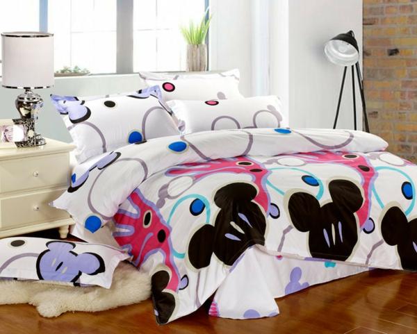 große-Mickey-Maus-Bettwäsche-Kinderzimmer