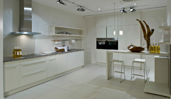 häcker-küchen-weiße-ausstattung
