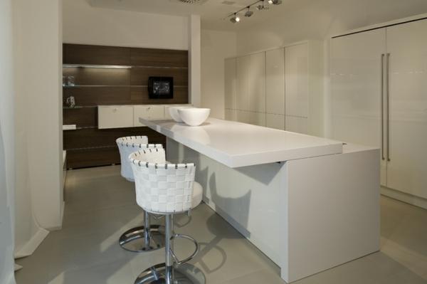 häcker-küchen-weiße-möbel