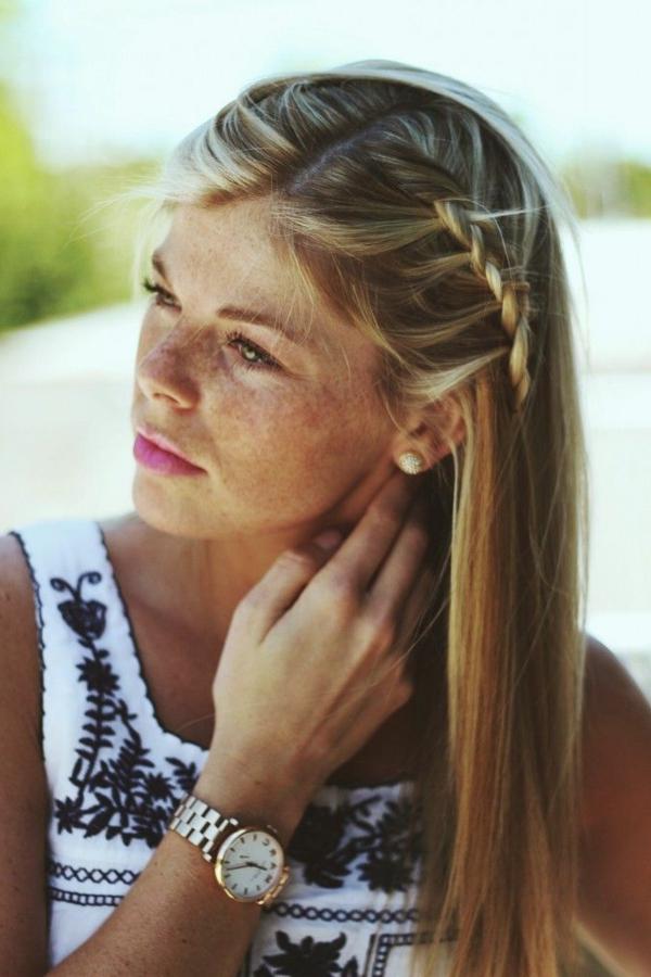 hünsche-schicke-Frauenfrisuren-blondes-Haar