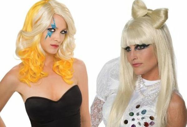 halloween-frisuren-blond - weißer hintergrund