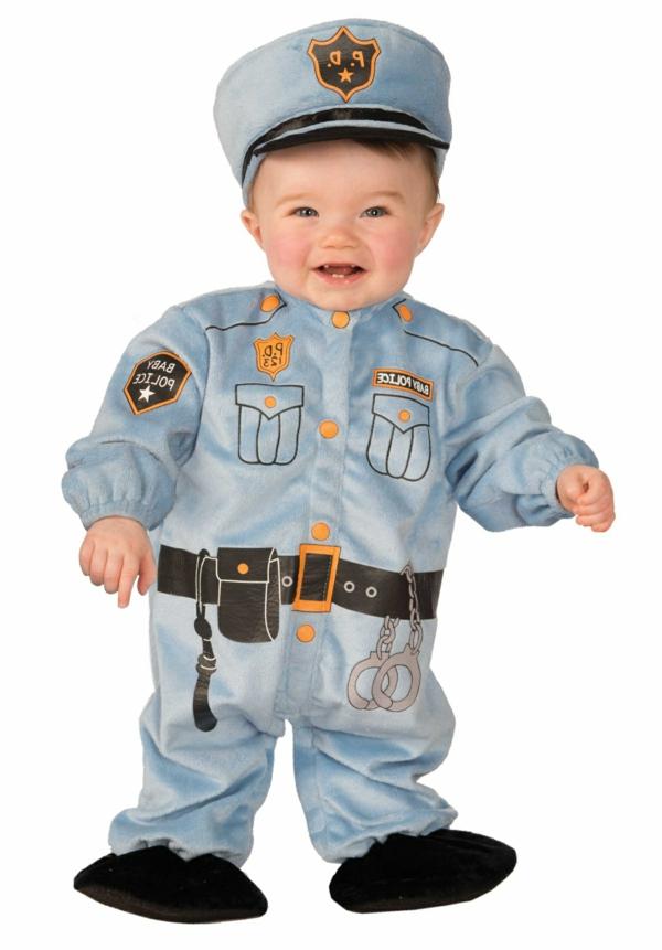 halloween-kostüme-für-kinder-polizei