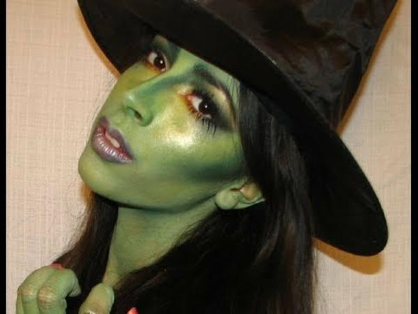 halloween-make-up-ideen-hexe-gesicht-in-grüner-farbe