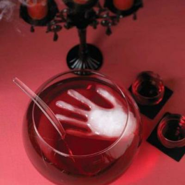 halloween-party-ideen-hand-aus-eis