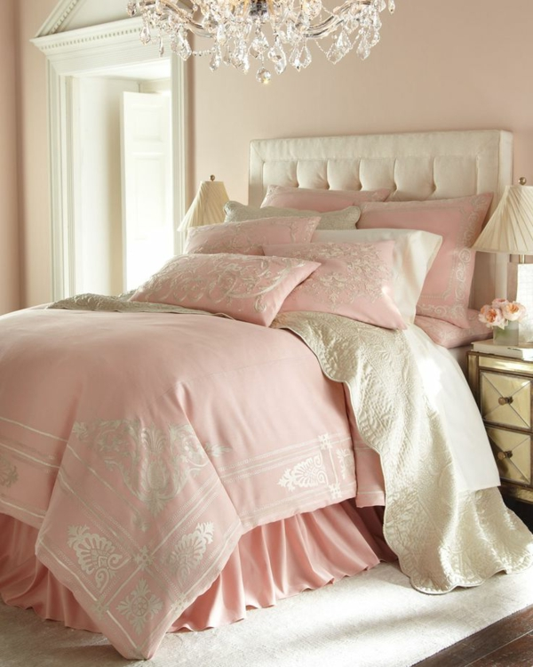 hellblaue bettwsche schlafzimmer in rosa farbe - Rosa Schlafzimmer Gestalten