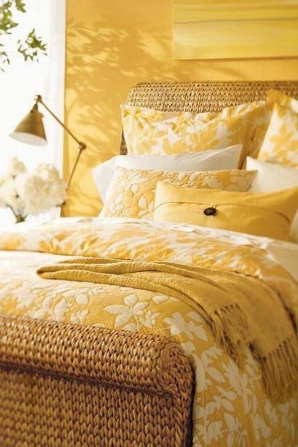 inspirierende-gelbe-farbgestaltung-im-schlafzimmer