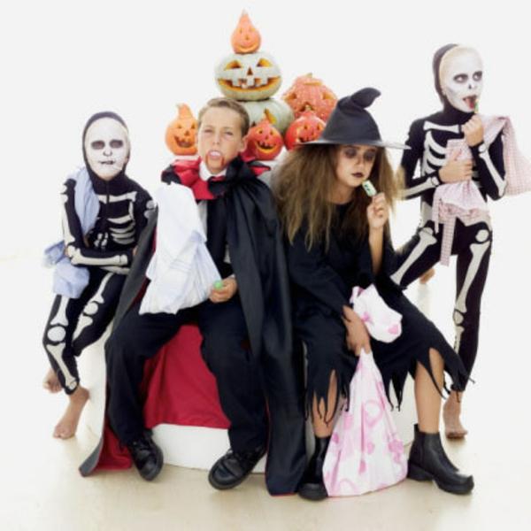 interessante-kostüme-halloween-kinderparty