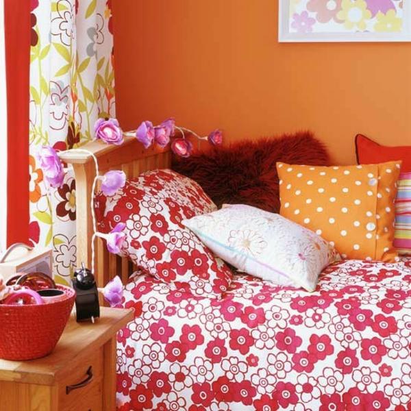 jugendzimmer-einrichten-orange-akzentwand