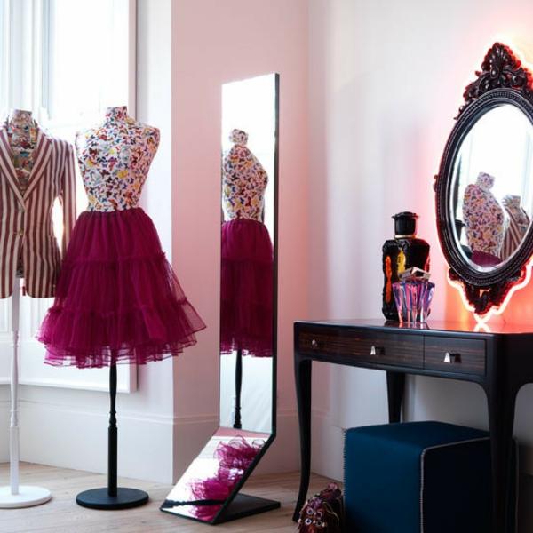 jugendzimmer-einrichten-schöner-spiegel