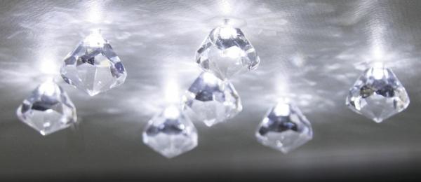 kleine-schöne-kristall-deckenleuchten