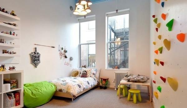 Kletterwand im Kinderzimmer: Freude und Gesundheit ...