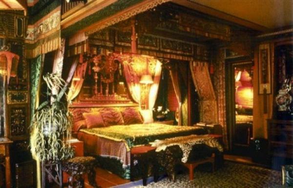 gothic bett die neuesten innenarchitekturideen. Black Bedroom Furniture Sets. Home Design Ideas
