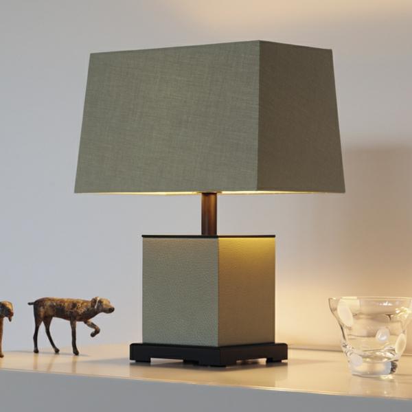 super-coole-lampe-für-den-tisch
