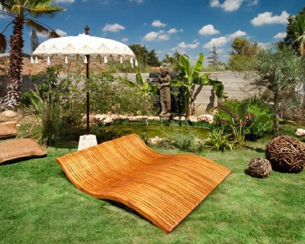 lounge-möbel-outdoor-liegestühle-aus-holz