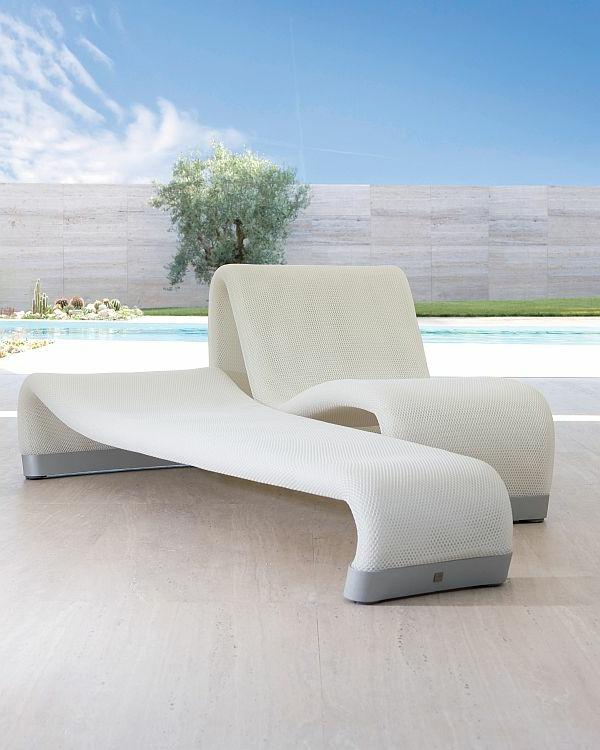 lounge-möbel-outdoor-super-weiße-farbe