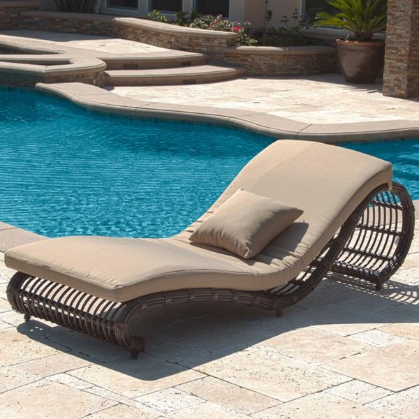 lounge-möbel-outdoor-taupe-liegestuhl