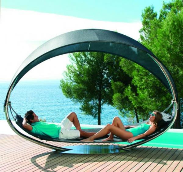 lounge-möbel-outdoor-ultramodernes-design-vom-liegestuhl