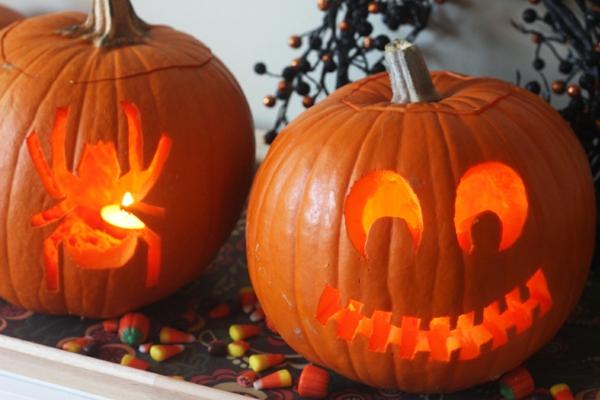 lustige-Halloween-kürbis-schnitzen-