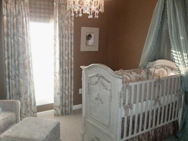 luxuriöses-baby-himmelbett