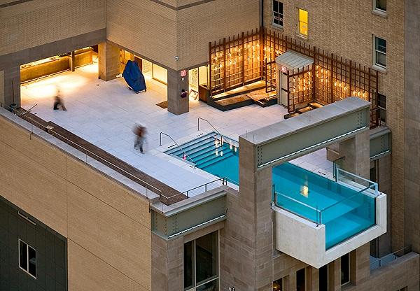 luxuriöses-fertigschwimmbecken