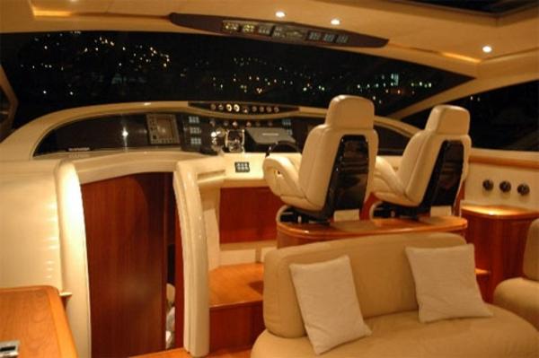 luxus yachten-gemütliches-ambiente