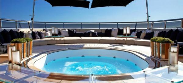 luxus yachten-mit-jacuzzi