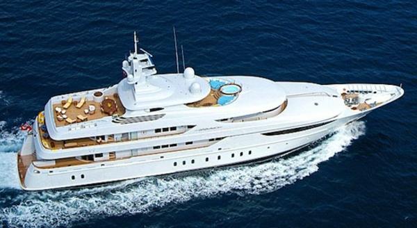 luxus yachten-weiße-gestaltung