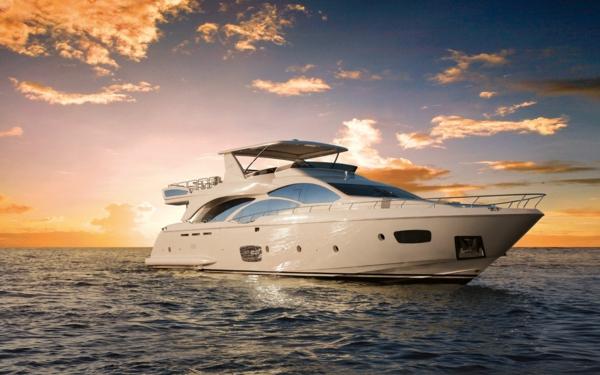 luxus yachten-wunderschön-aussehen