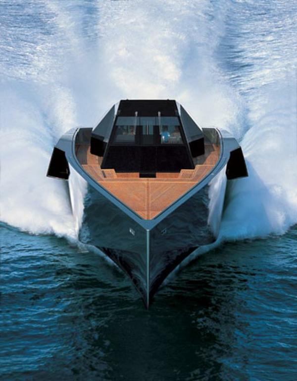 luxus yachten-wunderschönes-aussehen