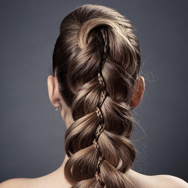 moderne-Frisuren-für-Frauen -lange-Haare