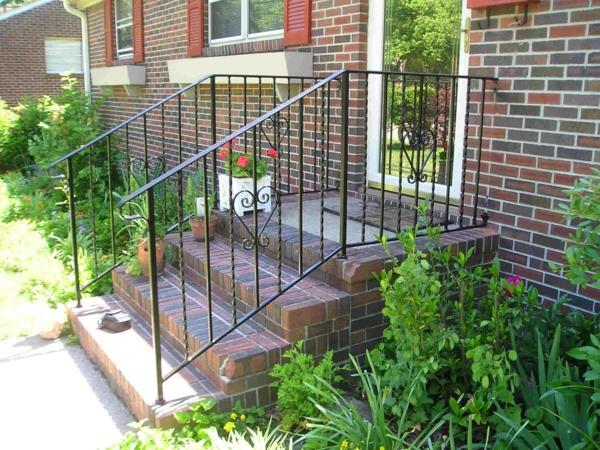 moderne-schön-erscheinende-treppengeländer-für-außen