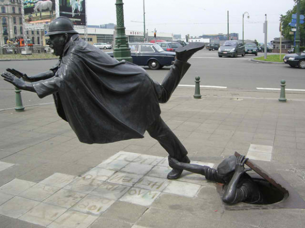 moderne-skulpturen-de-vaartkapoen-brussel-belgien