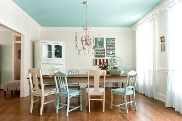 moderne-stühle-für-esszimmer-blaue-akzente