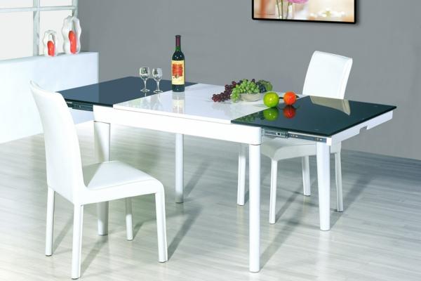 moderne-stühle-für-esszimmer-mit-grauen-wänden