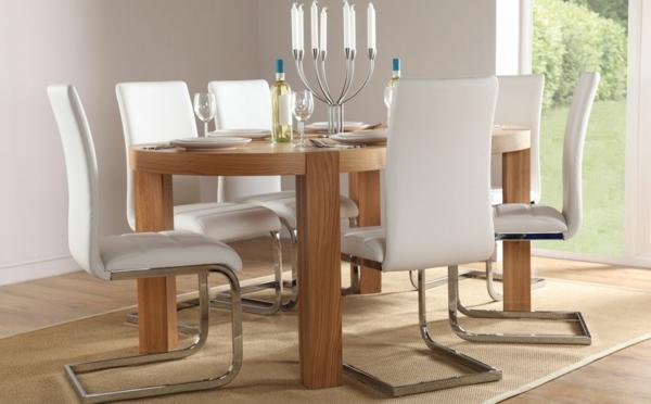 moderne-stühle-für-esszimmer-mit-wänden-in-taupe-farbe