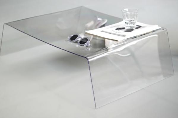 effektvolle couchtische aus glas. Black Bedroom Furniture Sets. Home Design Ideas