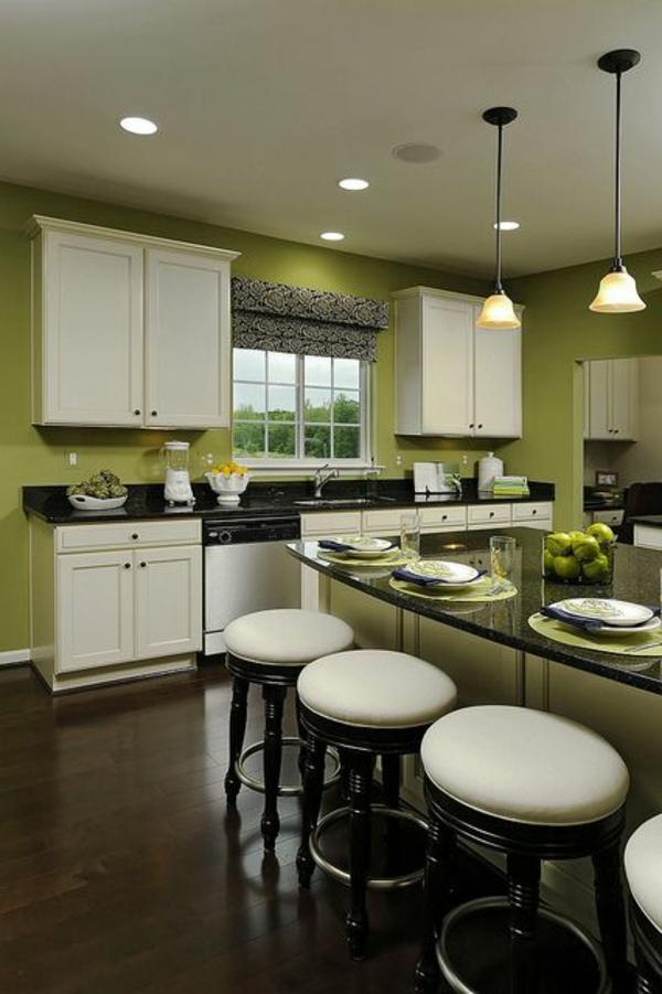 modernes-Esszimmer-Wandgestaltung-in-grüner-Farbe