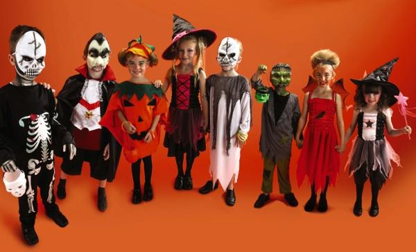 oranger-hintergrund-halloween-kinderparty