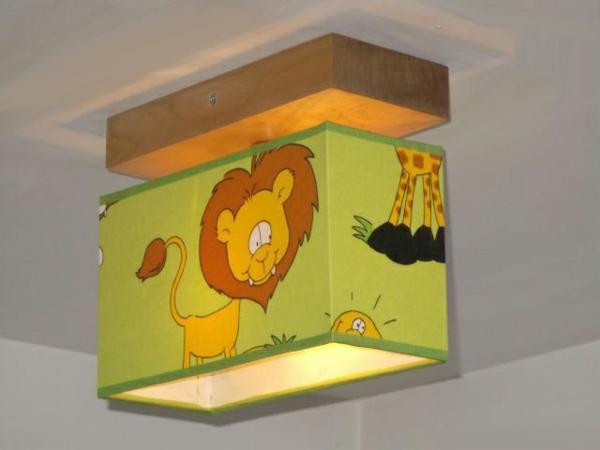 originelle--Deckenlampe-für-Kinderzimmer-