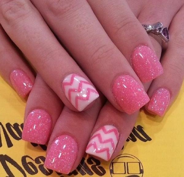 rosa--Fingernägel-Design-Ideen-