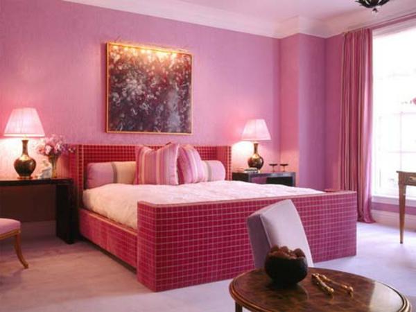 rosige-farbgestaltung-für-schlafzimmer